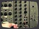 Utilisation d'un Roland System-100M pour créer un pattern Rythme/basse