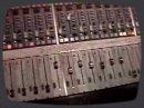 Séance de mix dans un studio londonien.