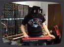 Démo du Continuum Fingerboard signé Haken Audio, un contrôleur de type fretless qui se résume à une surface de contrôle continue sans bouton et sans touche.
