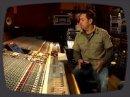 L'ingénieur du son Manny Marroquin nous donne quelques petites astuces de mix en partant du titre