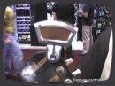 Présentation d'un accordeur qui se clippe sur la tête de la guitare