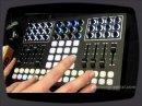 Une petite démo de la surface de contrôle de Livid Instruments par Richie Hawtin.